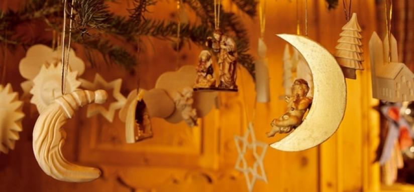 Decorazioni tradizionali in legno per natale - Decorazioni natalizie in legno ...