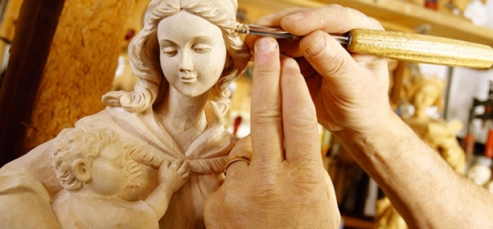Wooden sacred images